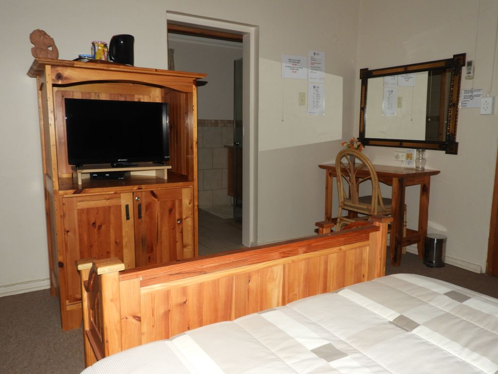 sumfra-guesthouse-room-1b